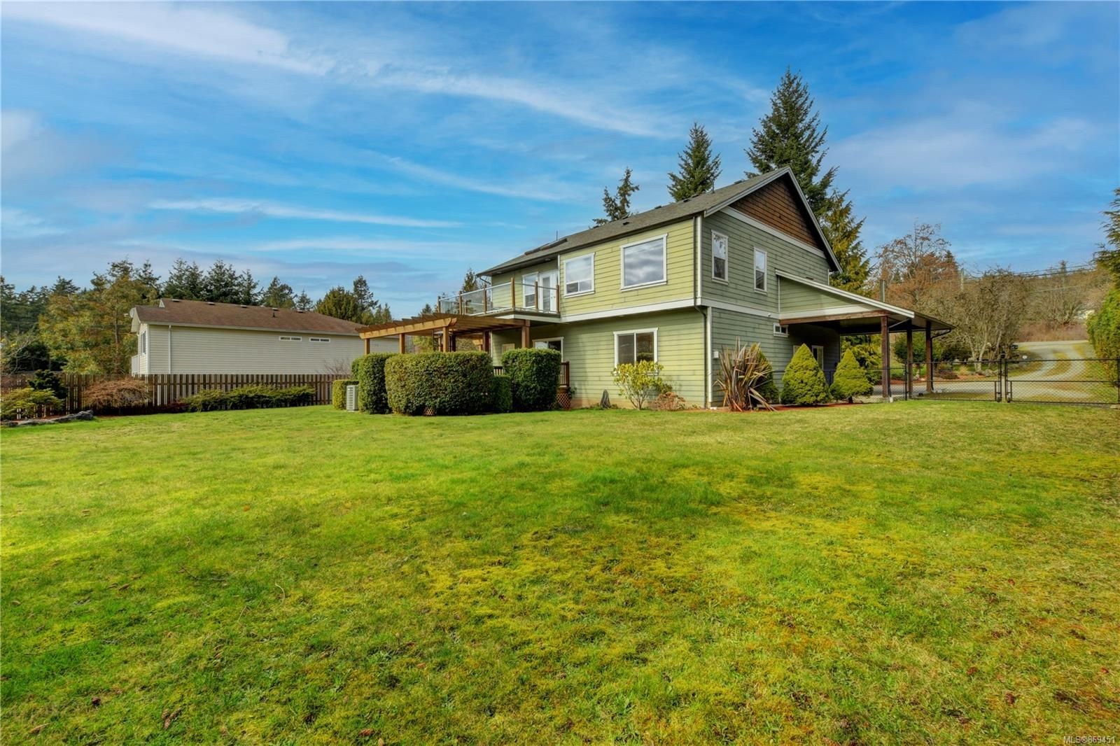 Main Photo: 5709 Sooke Rd in : Sk Saseenos House for sale (Sooke)  : MLS®# 869451