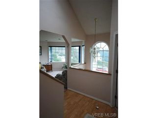 Photo 13: 3553 Desmond Dr in VICTORIA: La Walfred House for sale (Langford)  : MLS®# 635869