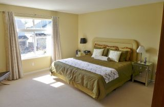 """Photo 8: 14955 58A Avenue in Surrey: Sullivan Station House for sale in """"Sullivans Meadow"""" : MLS®# R2154924"""