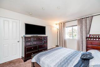 Photo 7: CHULA VISTA Townhouse for sale : 4 bedrooms : 2181 caminito Norina #132