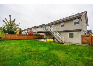 """Photo 19: 27945 JUNCTION Avenue in Abbotsford: Aberdeen House for sale in """"~Station~"""" : MLS®# R2216162"""