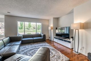 Photo 14: 7760 Springbank Way SW in Calgary: Springbank Hill Detached for sale : MLS®# A1132357