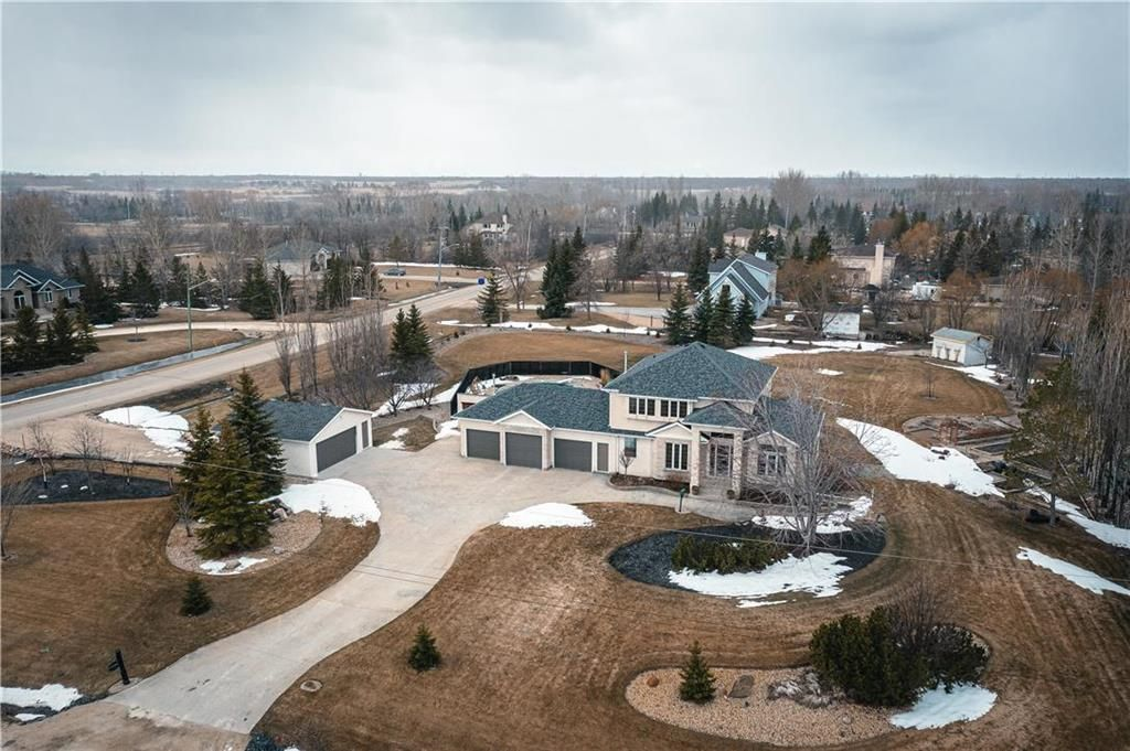 Main Photo: 162 Park Place in St Clements: Narol Residential for sale (R02)  : MLS®# 202108104