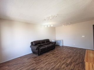 Photo 5: 911 Whitehill Way NE in Calgary: Whitehorn Detached for sale : MLS®# A1118119