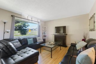 Photo 3: 2339 Maunsell Drive NE in Calgary: Mayland Heights Detached for sale : MLS®# A1059146