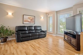 Photo 6: 230 Maguire Court in Saskatoon: Willowgrove Residential for sale : MLS®# SK873818