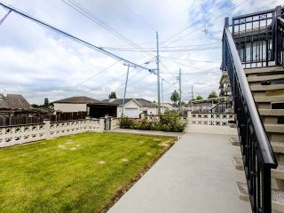 Photo 19: 1585 E 43RD Avenue in Vancouver: Knight House for sale (Vancouver East)  : MLS®# R2462741