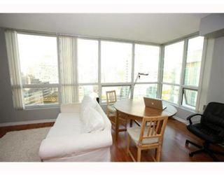 Photo 6: # 1703 588 BROUGHTON ST in Vancouver: Condo for sale : MLS®# V792587