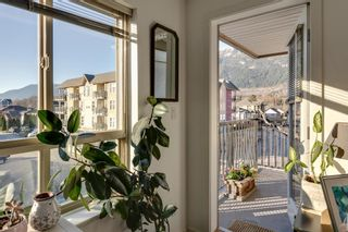 """Photo 4: 204 38003 SECOND Avenue in Squamish: Downtown SQ Condo for sale in """"SQUAMISH POINTE"""" : MLS®# R2327288"""