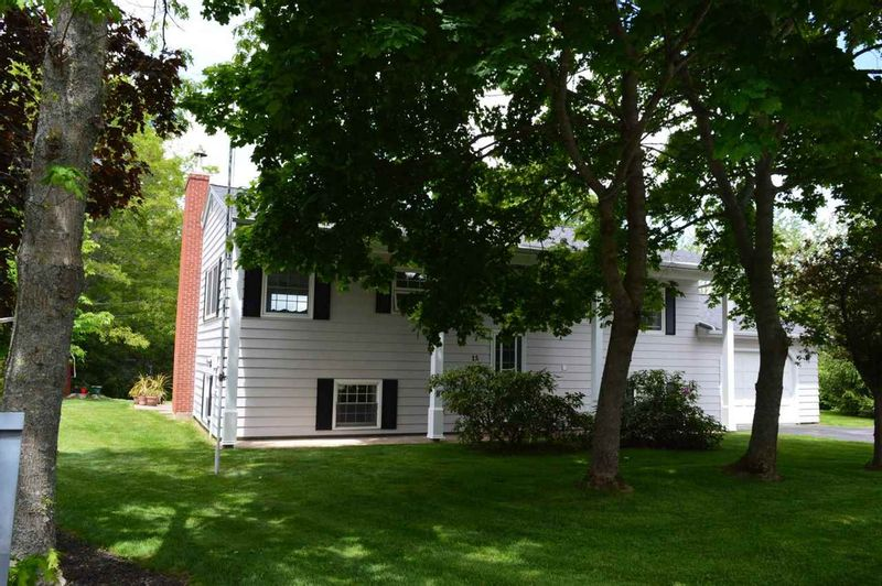 FEATURED LISTING: 15 FOWLER New Minas