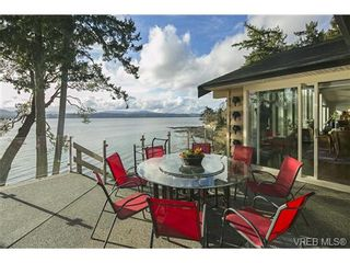 Photo 18: LUXURY REAL ESTATE FOR SALE IN DEEP COVE, B.C. CANADA SOLD With Ann Watley