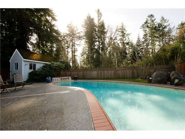 Photo 20: Photos: 5284 WALLACE Avenue in Tsawwassen: Pebble Hill House for sale : MLS®# V1052173