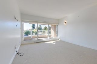 "Photo 13: 101 2455 BELLEVUE Avenue in West Vancouver: Dundarave Condo for sale in ""Bellevue West"" : MLS®# R2625364"