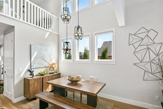 Photo 6: 8043 Huckleberry Crt in SAANICHTON: CS Saanichton House for sale (Central Saanich)  : MLS®# 789391