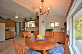 Photo 13: 4760 SINCLAIR BAY Road in Garden Bay: Pender Harbour Egmont House for sale (Sunshine Coast)  : MLS®# R2607231