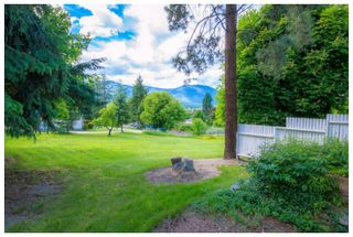 Photo 11: 1121 Southeast 1st Street in Salmon Arm: Southeast House for sale : MLS®# 10136381