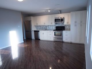 Photo 3: 3 20 Emily Street in Parry Sound: House (3-Storey) for lease : MLS®# X5370322