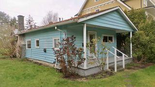 Photo 2: 3017 MCBRIDE AVENUE in Surrey: Crescent Bch Ocean Pk. House for sale (South Surrey White Rock)  : MLS®# R2562855