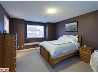 """Photo 7: 19091 68TH Avenue in Surrey: Clayton House for sale in """"CLAYTON VILLAGE"""" (Cloverdale)  : MLS®# F1028151"""