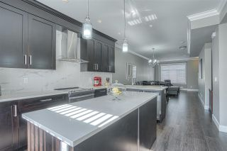 """Photo 5: 107 13670 62 Avenue in Surrey: Sullivan Station Townhouse for sale in """"Panorama South 62"""" : MLS®# R2450811"""