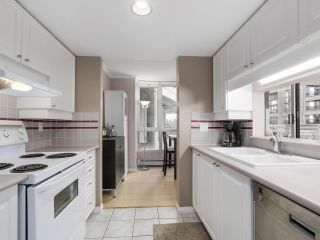 """Photo 12: 501 183 KEEFER Place in Vancouver: Downtown VW Condo for sale in """"PARIS PLACE"""" (Vancouver West)  : MLS®# R2124284"""