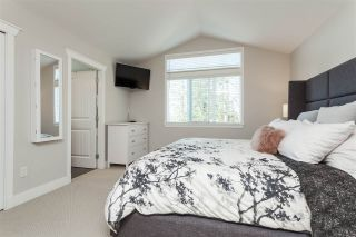 """Photo 9: 6007 164 Street in Surrey: Cloverdale BC House for sale in """"Vistas West"""" (Cloverdale)  : MLS®# R2415621"""