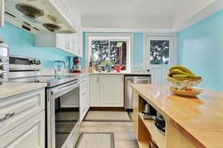 Photo 7: 1755 Mortimer St in : SE Mt Tolmie House for sale (Saanich East)  : MLS®# 867577