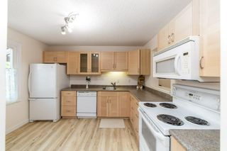 Photo 4: 40 LACOMBE Point: St. Albert Townhouse for sale : MLS®# E4265417