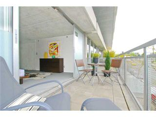"""Photo 5: 203 1540 W 2ND Avenue in Vancouver: False Creek Condo for sale in """"WATERFALL BUILDING"""" (Vancouver West)  : MLS®# V954778"""