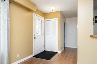 Photo 3: 54 Brisbane Avenue in Winnipeg: West Fort Garry Residential for sale (1Jw)  : MLS®# 202114243
