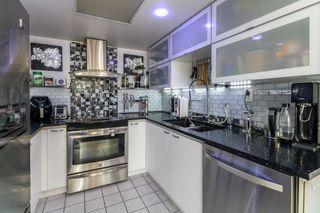 Photo 4: 808 10082 148 STREET in Surrey: Guildford Condo for sale (North Surrey)  : MLS®# R2410594