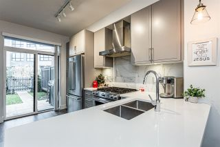 """Photo 6: 4 2988 151 Street in Surrey: Sunnyside Park Surrey Townhouse for sale in """"SouthPoint Walk"""" (South Surrey White Rock)  : MLS®# R2425343"""