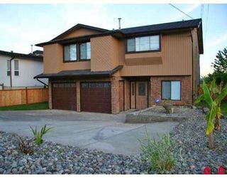 Photo 1: 15882 BUENA VISTA Avenue in White_Rock: White Rock House for sale (South Surrey White Rock)  : MLS®# F2818801