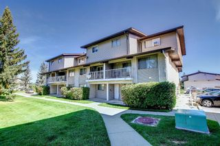 Photo 1: 828 200 Brookpark Drive SW in Calgary: Braeside Row/Townhouse for sale : MLS®# A1153541
