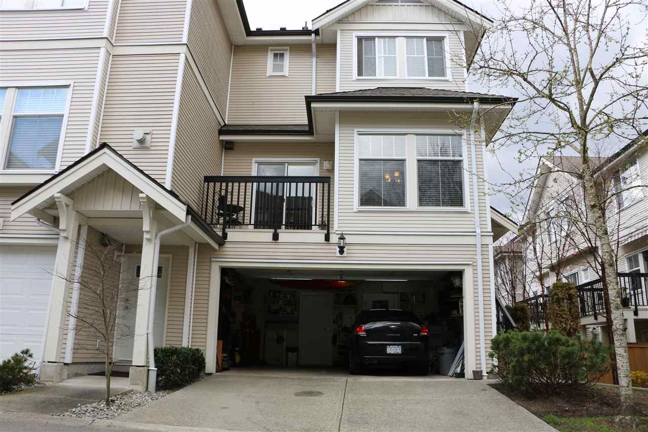 """Main Photo: 25 21535 88 Avenue in Langley: Walnut Grove Townhouse for sale in """"REDWOOD LANE"""" : MLS®# R2354696"""