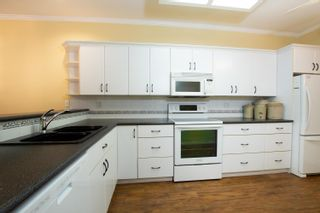 """Photo 4: 108 4733 W RIVER Road in Delta: Ladner Elementary Condo for sale in """"River West"""" (Ladner)  : MLS®# R2624756"""