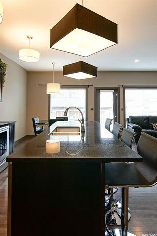Photo 5: 711 7th Street East in Saskatoon: Haultain Residential for sale : MLS®# SK871051