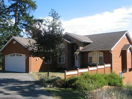 Main Photo: 171 SANDPIPER PLACE: Residential Detached for sale (Saltspring Island)  : MLS®# 218402