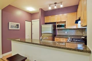 """Photo 6: 207 2280 WESBROOK Mall in Vancouver: University VW Condo for sale in """"KEATS HALL"""" (Vancouver West)  : MLS®# R2577434"""