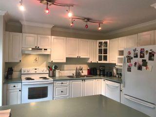 """Photo 5: 308 15120 108 Avenue in Surrey: Guildford Condo for sale in """"RIVERPOINTE"""" (North Surrey)  : MLS®# R2282208"""