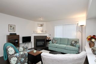 """Photo 3: 36 23560 119 Avenue in Maple Ridge: Cottonwood MR Townhouse for sale in """"HOLLYHOCK"""" : MLS®# R2613687"""