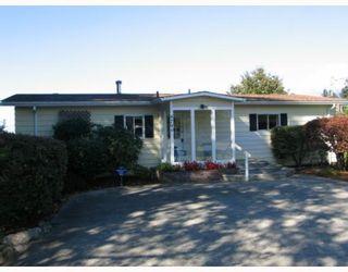 Photo 1: 4799 FIR Road in Sechelt: Sechelt District House for sale (Sunshine Coast)  : MLS®# V788735