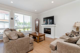 """Photo 7: 5 6378 142 Street in Surrey: Sullivan Station Townhouse for sale in """"KENDRA"""" : MLS®# R2172213"""