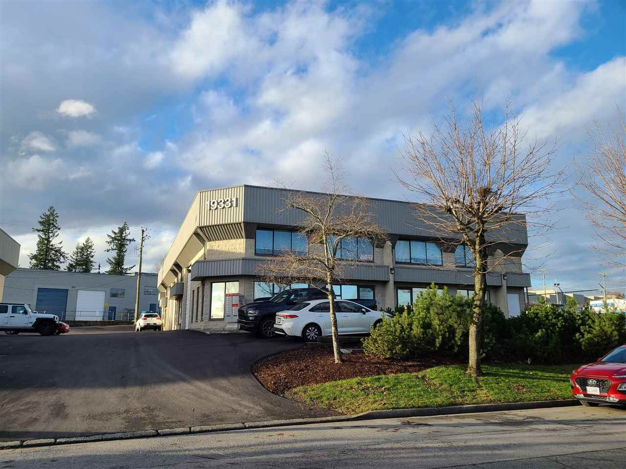 Main Photo: 100 19331 ENTERPRISE Way in Surrey: Cloverdale BC Office for lease (Cloverdale)  : MLS®# C8036139