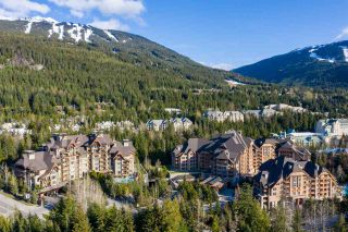 """Photo 15: 321 4591 BLACKCOMB Way in Whistler: Benchlands Condo for sale in """"FOUR SEASONS"""" : MLS®# R2571639"""