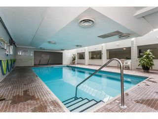 Photo 2: 517 31955 OLD YALE Road in Abbotsford: Central Abbotsford Condo for sale : MLS®# R2300517