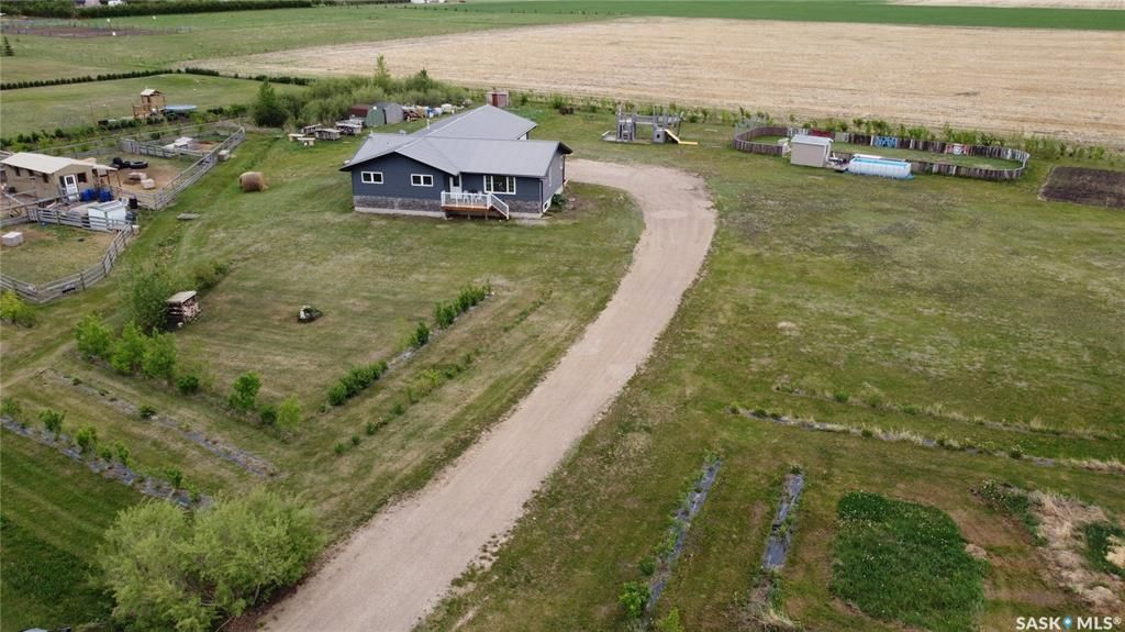 Main Photo: Wadham Acreage in Gruenthal: Residential for sale : MLS®# SK859102