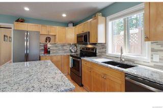 Photo 11: 6151 Clayburn Pl in NANAIMO: Na North Nanaimo Half Duplex for sale (Nanaimo)  : MLS®# 839127