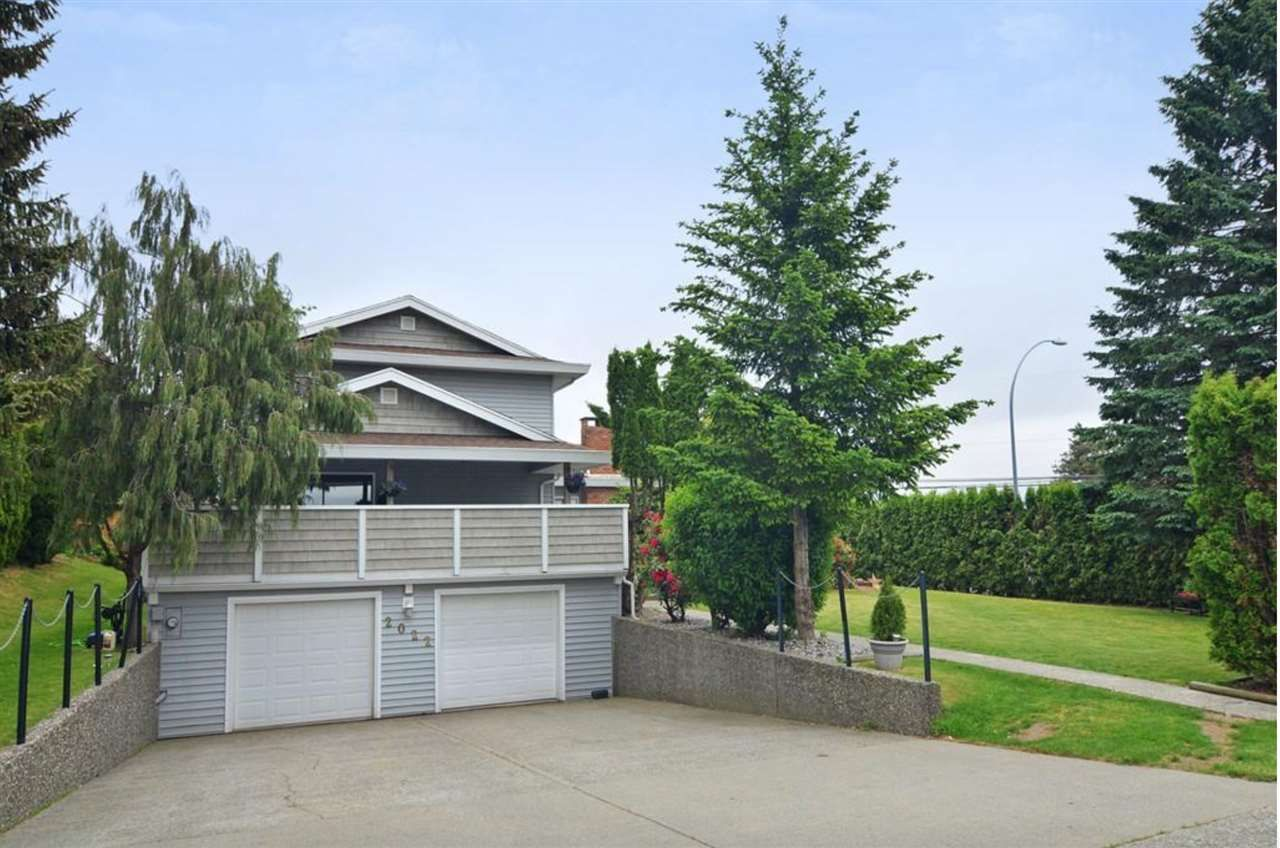 Main Photo: 2022 EVERETT Street in Abbotsford: Abbotsford East House for sale : MLS®# R2542137