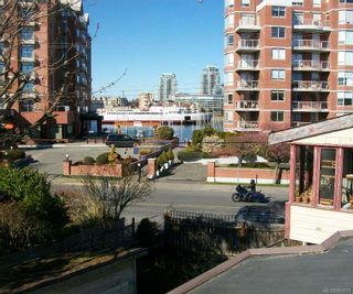Photo 4: 438,440&442 Montreal St in : Vi James Bay Row/Townhouse for sale (Victoria)  : MLS®# 882671